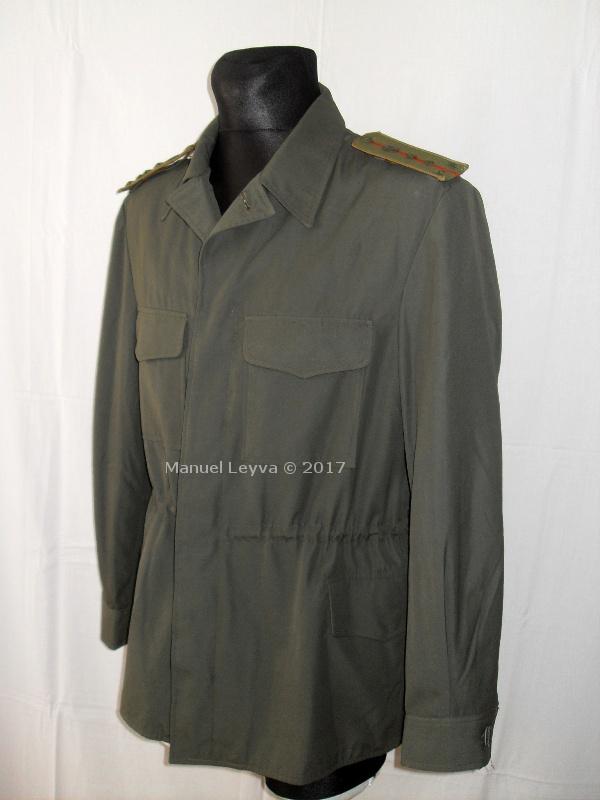 FAR uniform Sdc12003